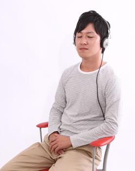 headphone_boy.jpg